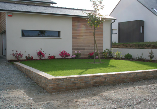 Entretien jardin nantes harmonie paysage for Entretien jardin nantes